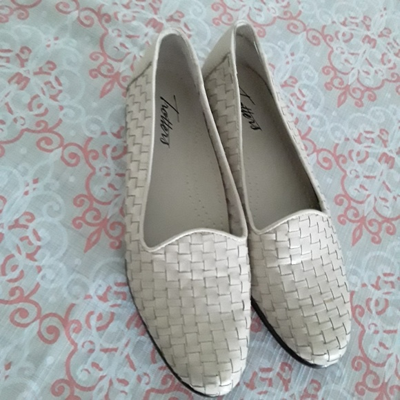 Trotters Shoes - Ladies Shoes Trotters Flats Size 6N